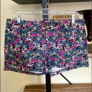 American Eagle Outfitters Floral Short Size 8